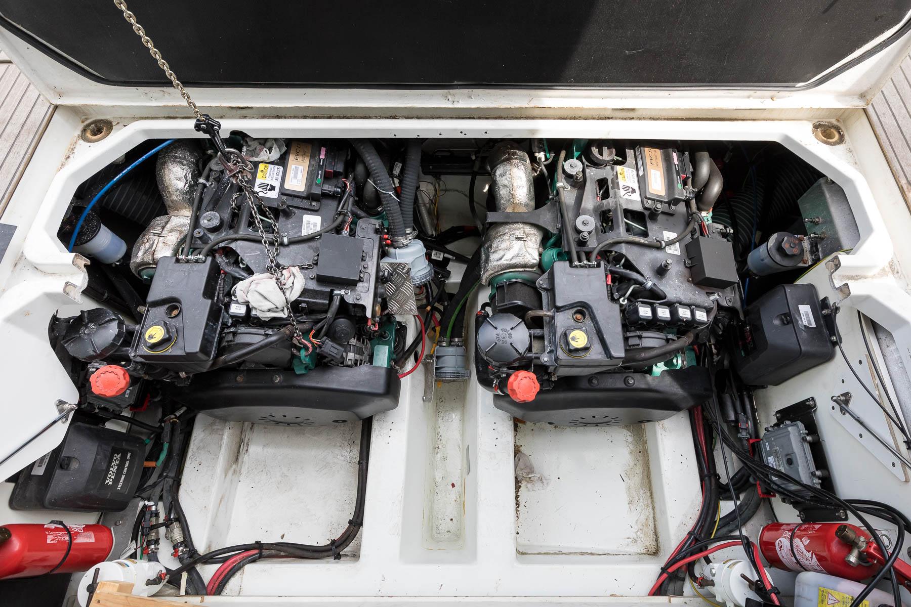 Motorenwartung-Jeanneau-NC-11-Norman-Bootsbau-Potsdam