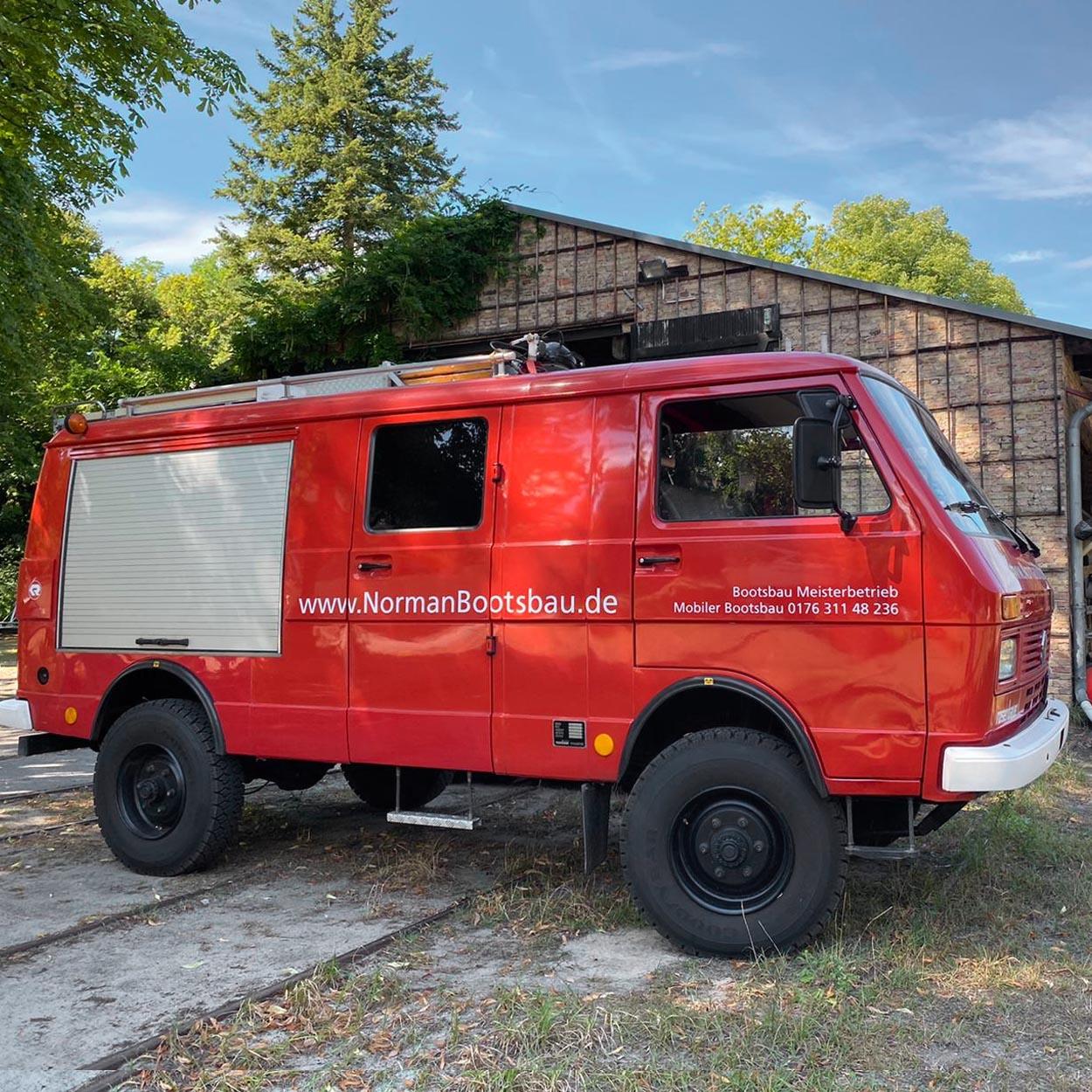 Mobiler-Bootsbau-Feuerwehr-Ronja-Norman-Bootsbau-Potsdam-Mobiler-Bootsbau-Berlin