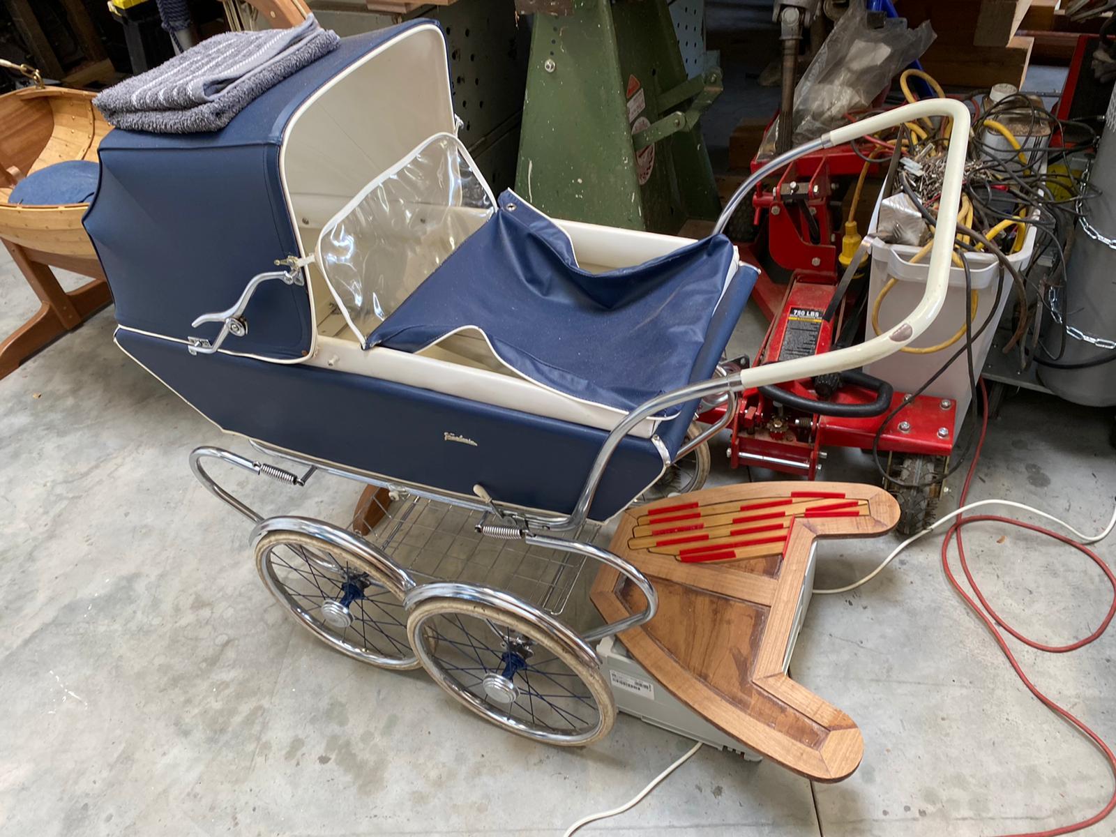 Teak-Trittbrett-Kinderwagen-Norman-Bootsbau