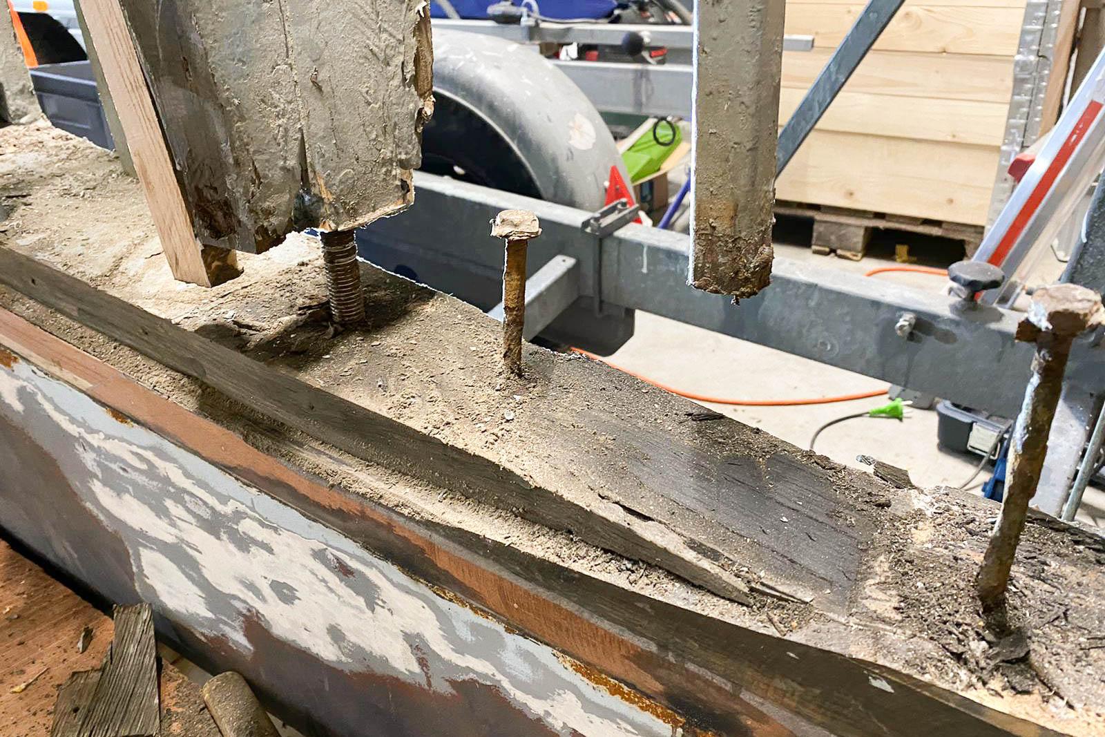 Norman-Bootsbau-Potsdam-Sanierung-Holzkonstruktion-Unterwasserschiff